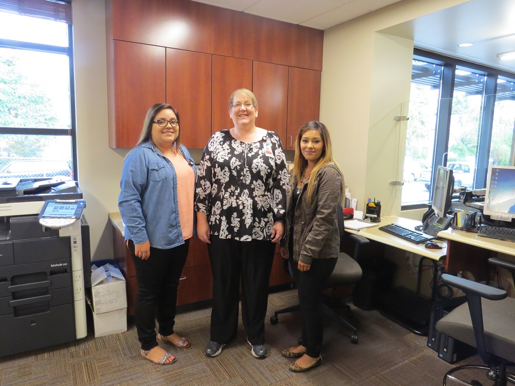 Jazmin, Jody and Diana show off their new space