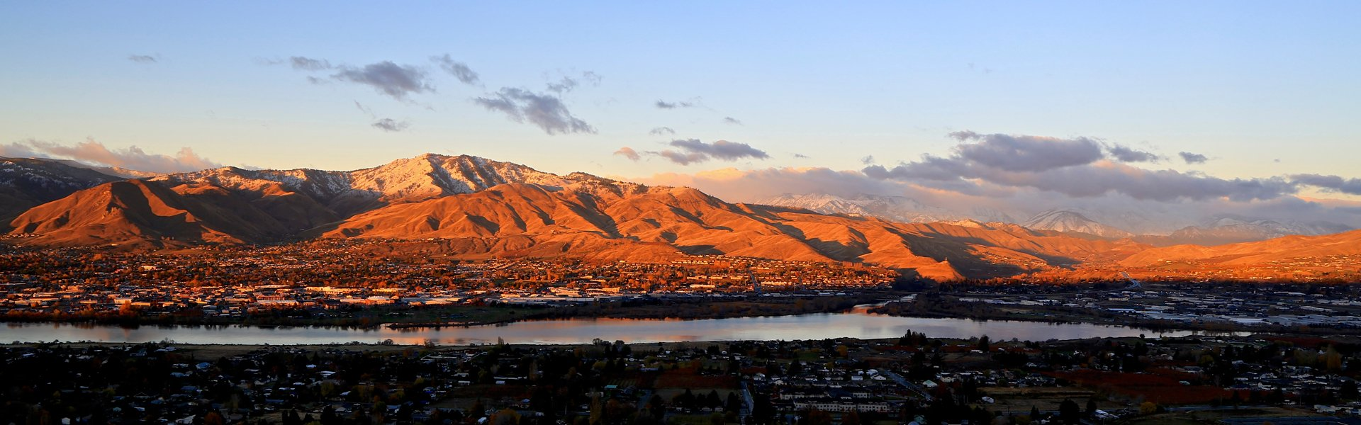 The Wenatchee Valley taken by Michael Bendtsen.